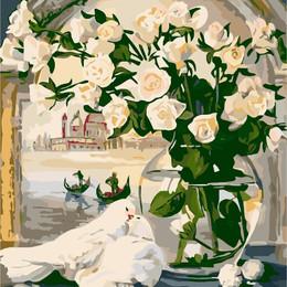 Белые розы и голуби - G308